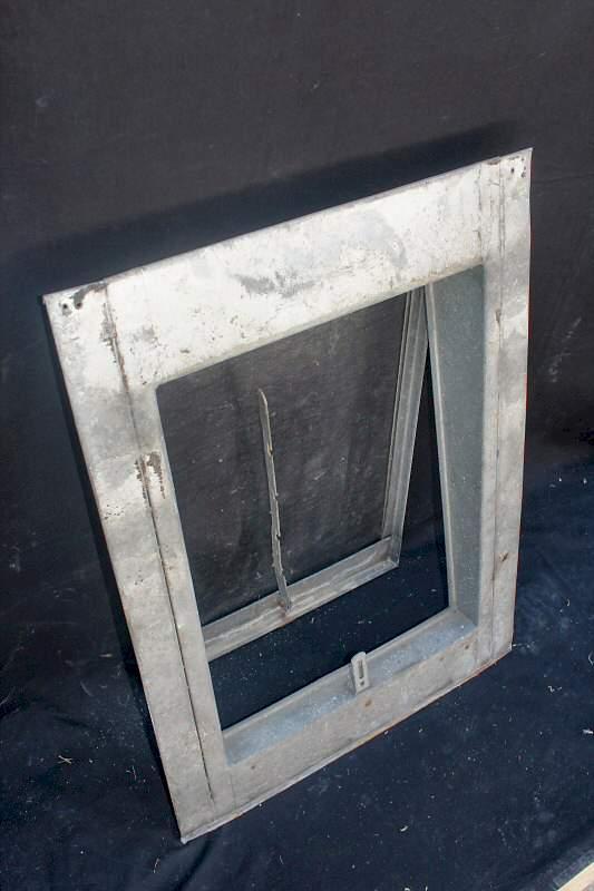 Geliebte Dachfenster Stahlblech verzinkt - 160,- € Artikelnr.1138 &GO_47