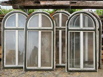 Grosse Fenster Mit Rundbogen Ca H 210 B 106 Cm 950