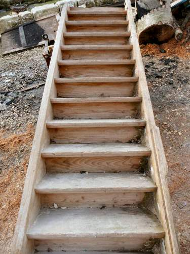 Geradläufige Treppe geradläufige fichtetreppe 1100 artikelnr 468
